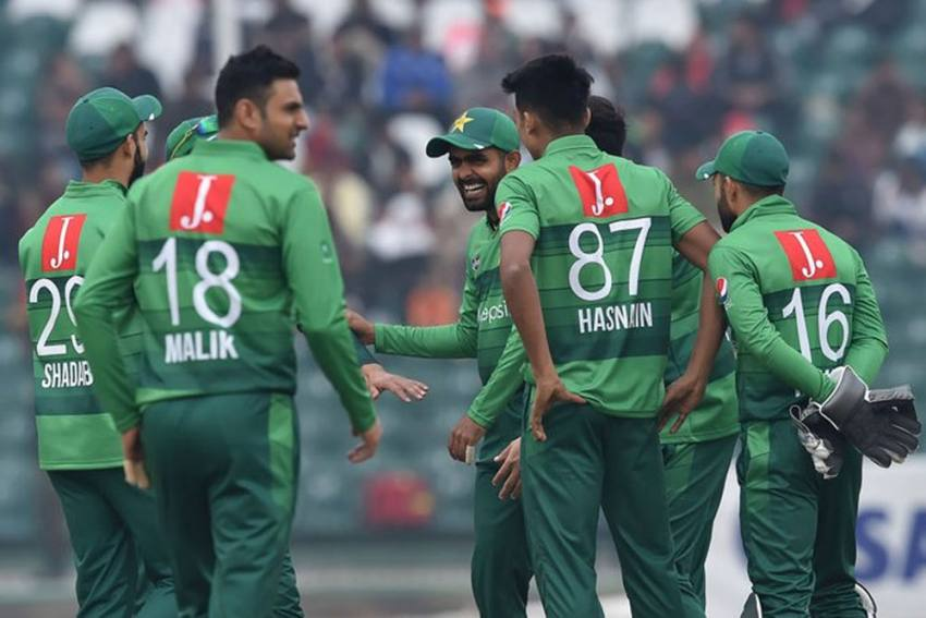 NZ vs PAK: Six Member Of Pakistan Cricket Team Hit By COVID-19