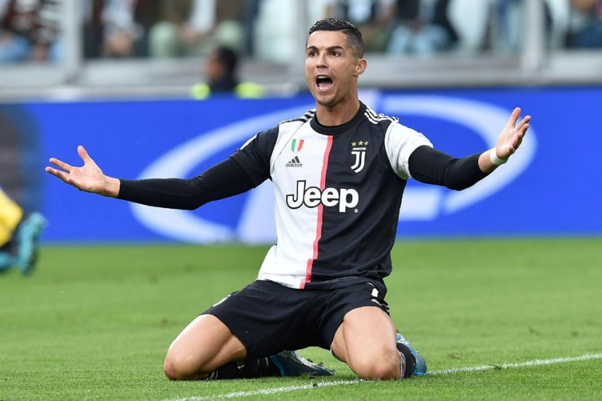 Rumour Has It: Cristiano Ronaldo Not Set For Manchester United Return, Barcelona Target Melayro Bogarde