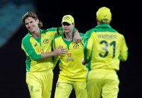 IND Vs AUS 1st ODI: Aaron Finch, Steve Smith Help All-Round Australia Outclass India By 66 Runs - Highlights