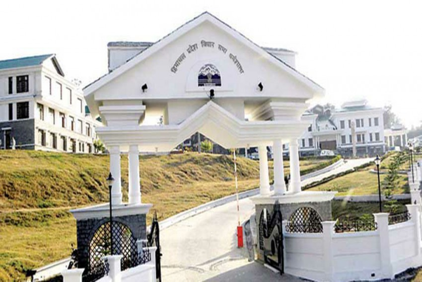 Despite Covid Scare, Himachal Winter Session To Be Held In Dharamshala