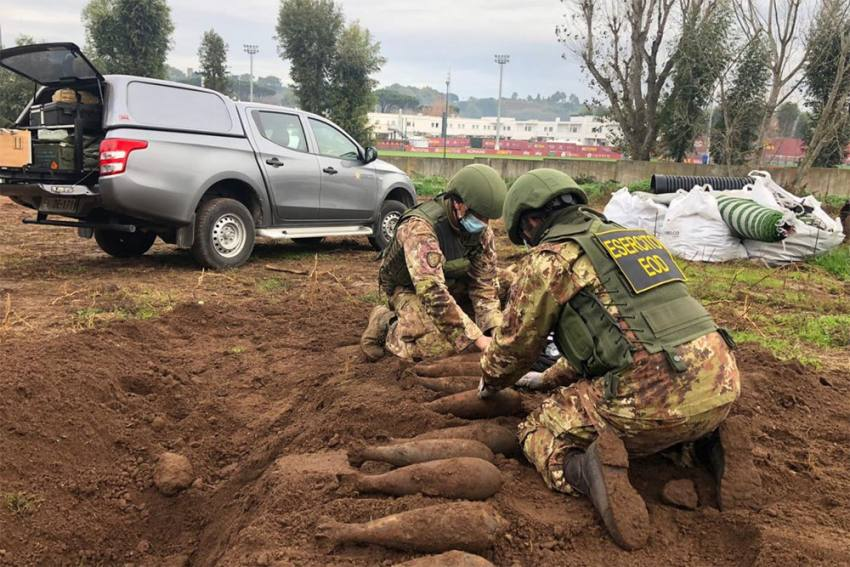 Roma Bomb Shock: WWII Devices Found At Training Ground