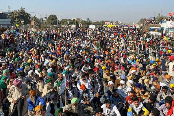 Slogans, Songs, Drumbeats As Hundreds Of Farmers Gather At Protest Site In North Delhi