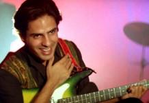 'Aashiqui' Fame Rahul Roy Suffers Brain Stroke While Shooting In Kargil