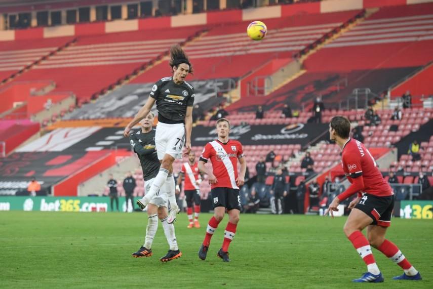 Southampton 2-3 Manchester United: Instrumental Edinson Cavani inspires  comeback