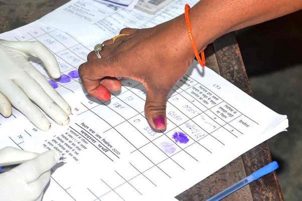 Madhya Pradesh Observes 66.28% Voter Turnout Till 6 pm Amid Reports of Violence