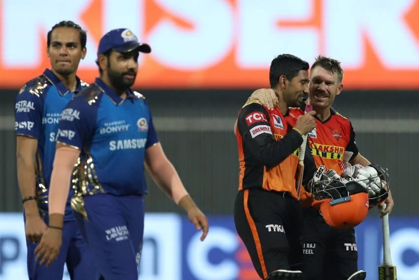 Sunrisers Hyderabad Blow Away Mumbai Indians, Storm Into IPL Playoffs - Highlights