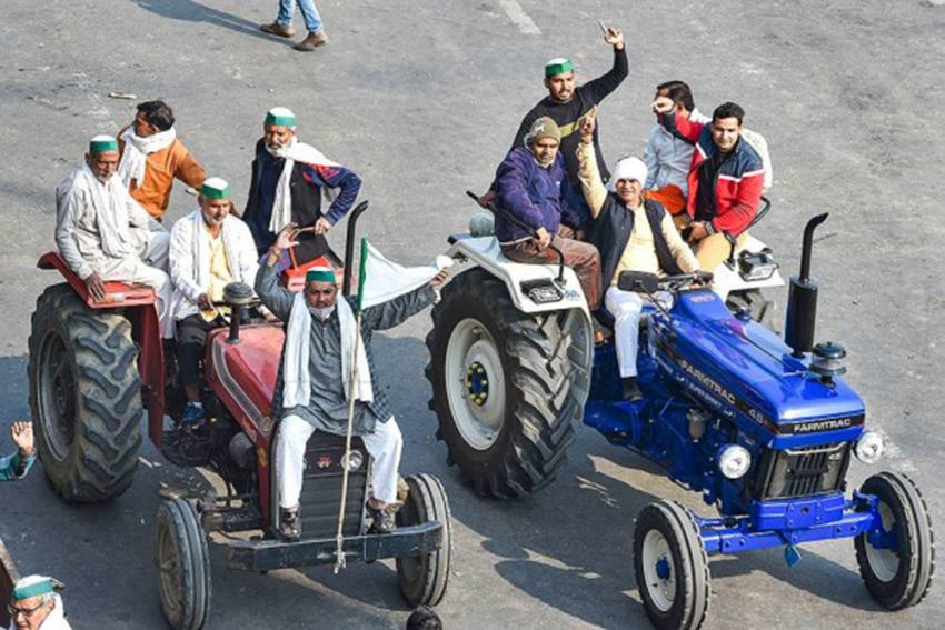 Tractor-Trolleys Turn Into Temporary Shelters For Protesting Farmers