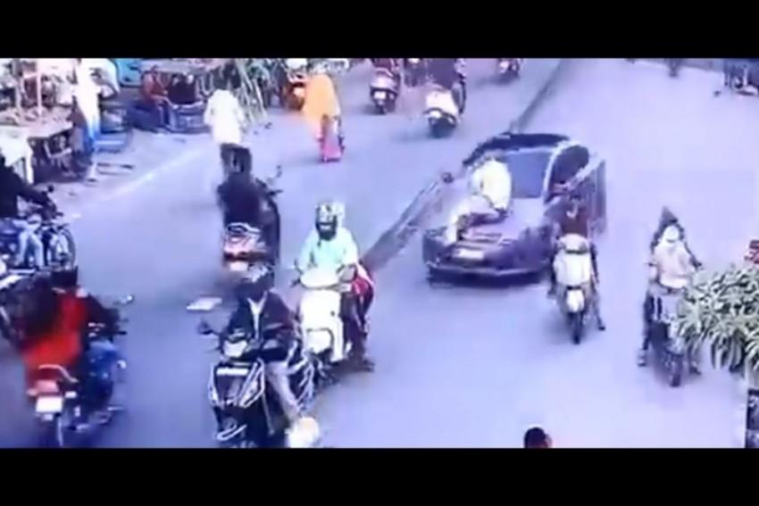 Nagpur Man Drags Traffic Cop On Car Bonnet For 0.5 Km