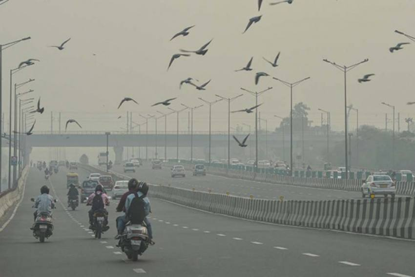 Air Pollution May Increase Covid-19 Cases In Delhi, Officials Warn Parliamentary Panel