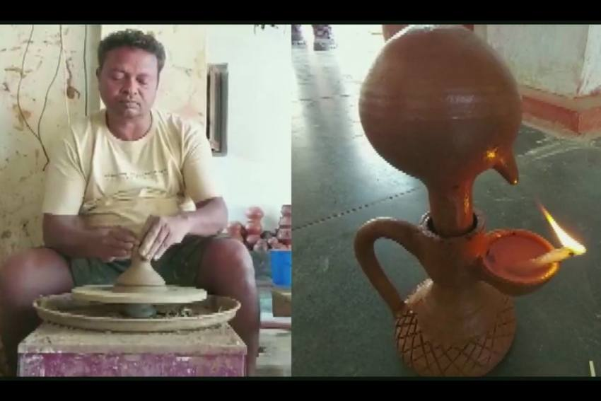 Chhattisgarh Potter Flooded With Orders For His Unique Magic Lamps That Burn 24 Hours