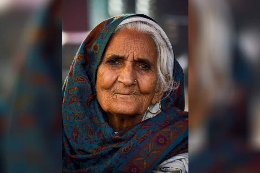 Shaheen Bagh's Bilkis Dadi, Out To Support Farmers, Detained At Singhu