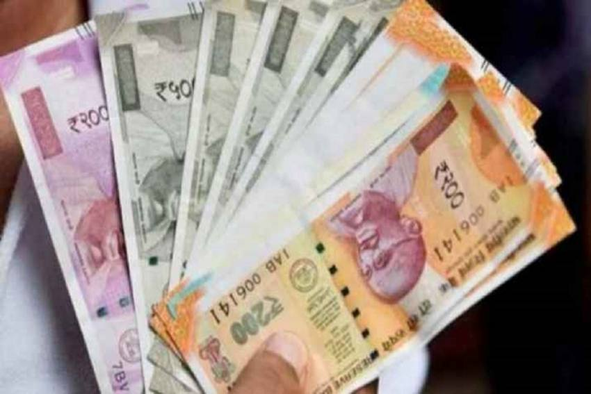 Rupee Surges 25 Paise To 73.80 Against US Dollar In Early Trade