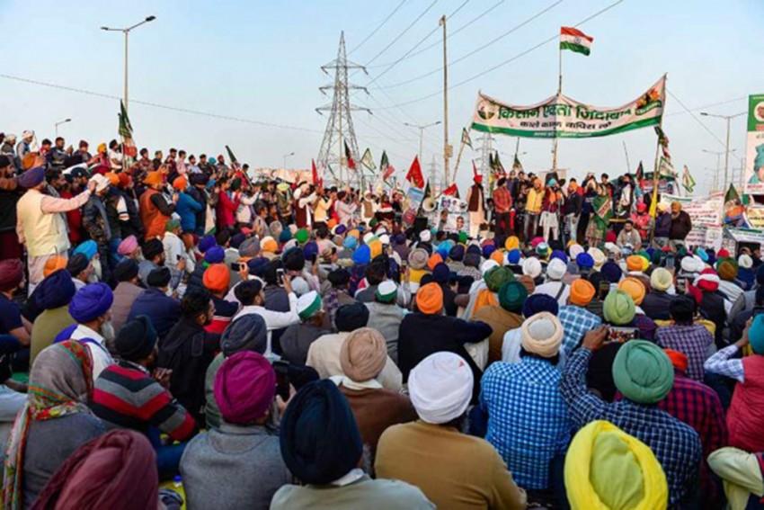 SC To Hear Plea Seeking Relocation Of Protesting Farmers From Delhi's Border Points