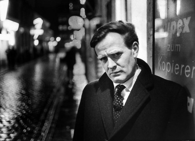 Master Of Espionage: Spy-Turned-Novelist John Le Carre Dies At 89