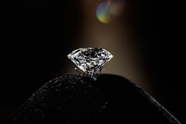 Farmer Turns Millionaire After Extracting Rs 60 Lakh Diamond In MP