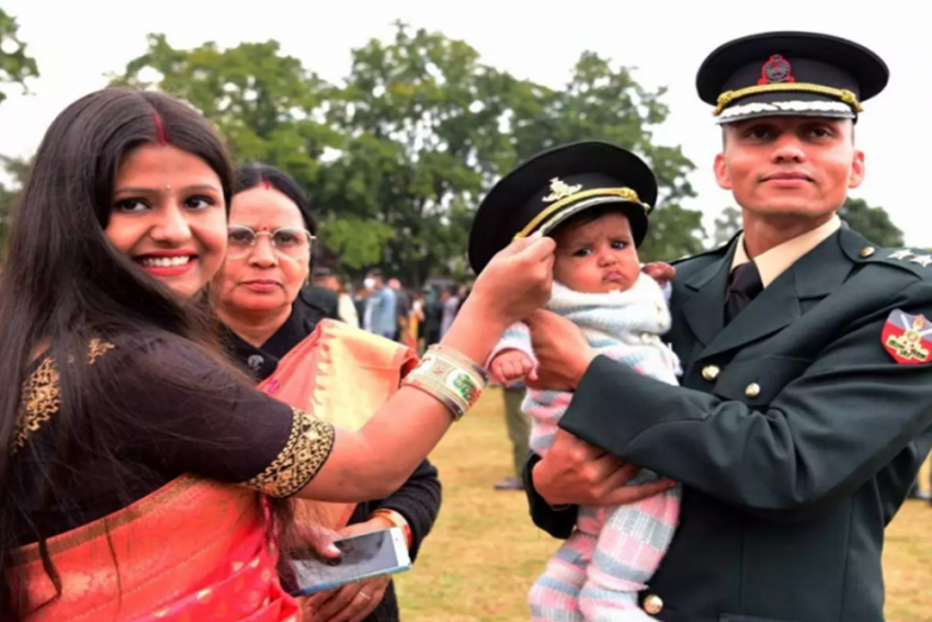 This 28-Year-Old Man Used To Be A Factory Worker And Is Now An Indian Army Officer