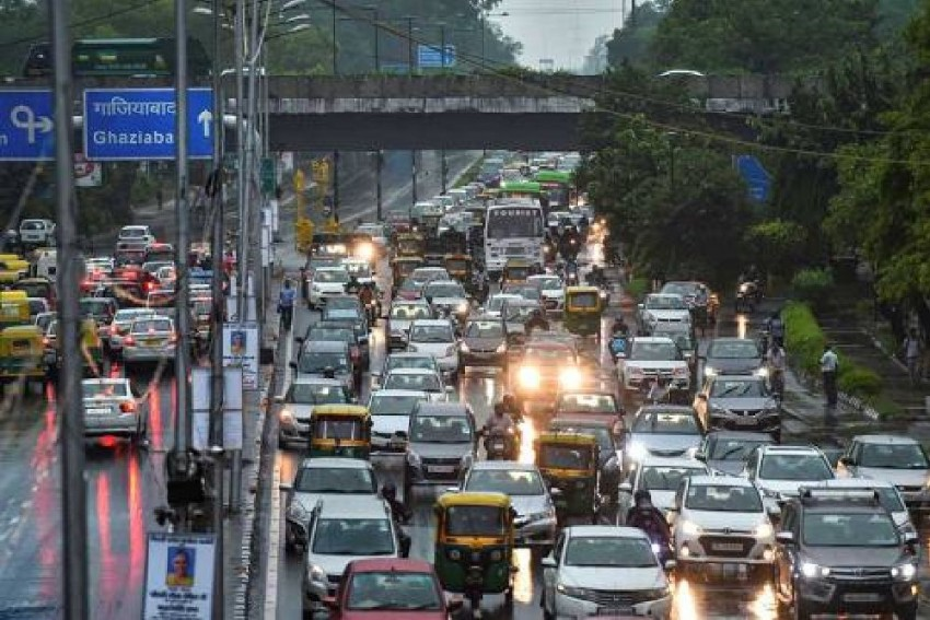Delhi Govt To Fine Vehicles Flouting HSRP, Colour-Coded Sticker Rule