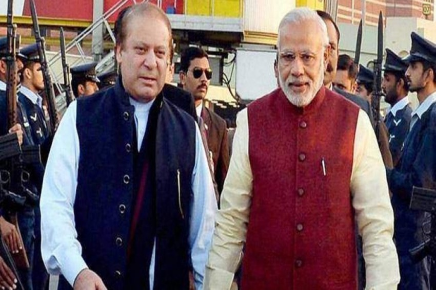 PM Modi Offers Condolences To Nawaz Sharif On His Mother's Death