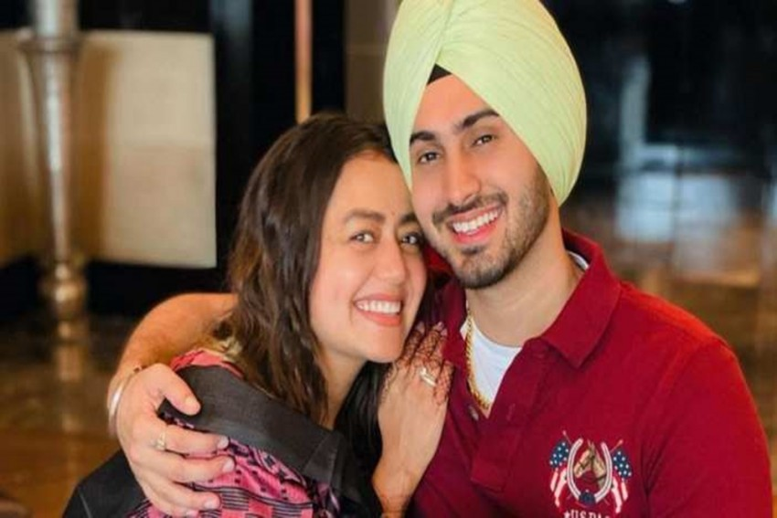Singer Neha Kakkar Flaunts Baby Bump In New Post With Husband Rohanpreet Singh