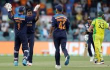 AUS Vs IND, Live Cricket Scores, 3rd ODI, Canberra: Shardul Thakur Gets Steve Smith, Australia 74/2 (16)