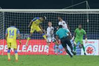 ISL 2020-21: Jeakson's Last-Minute Goal Helps Kerala Salvage Point Against East Bengal