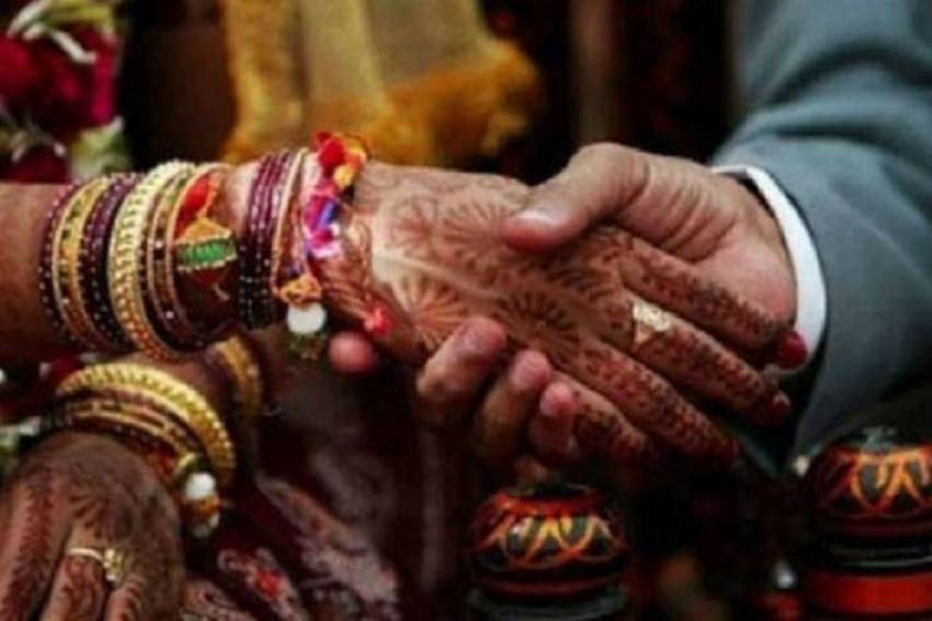 Man Marries 2 Women In 5 Days In MP, Caught After Relative Sends Pics To First Wife
