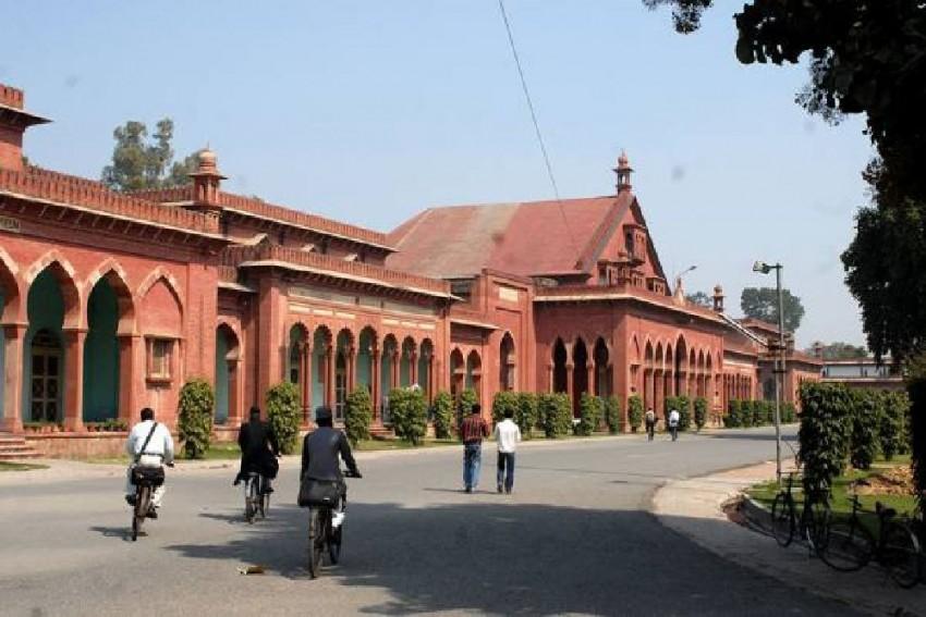 AMU Centenary: Why Muslim Youth Must Debate Good Governance-led Politics vs Symbols of the Past