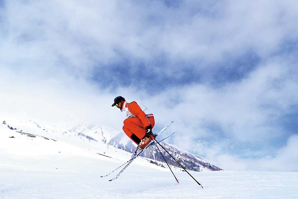 Gulmarg On Lease Leash