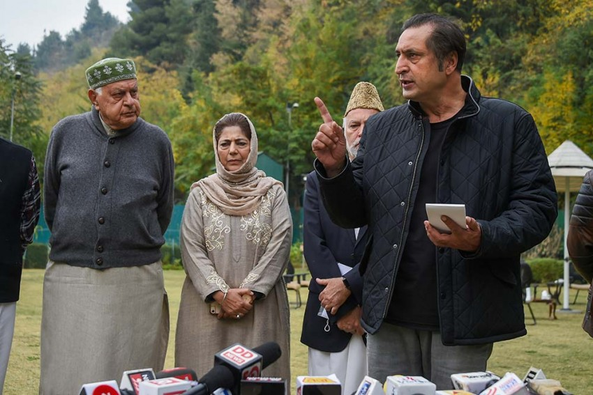In First Meet Post J-K Council Polls, People's Alliance Seeks Release Of Detained Leaders