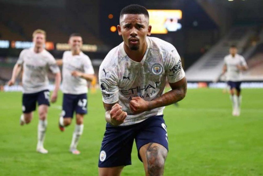 Manchester City Duo Kyle Walker, Gabriel Jesus Test Positive For Coronavirus