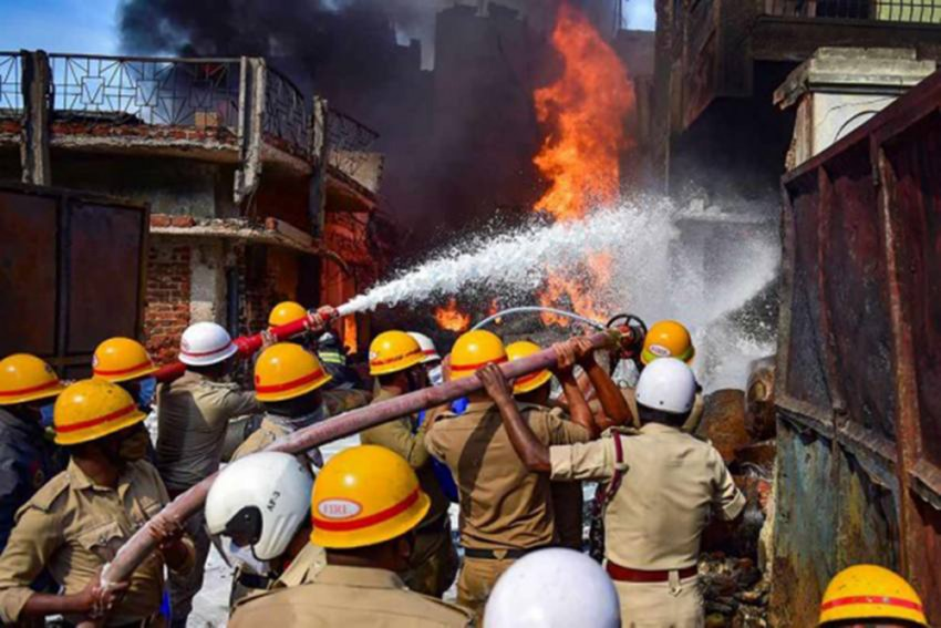 Fire Breaks Out At Mask Manufacturing Factory In Delhi, One Dead