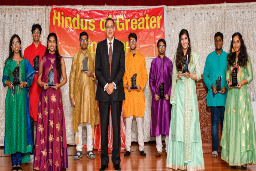US Honours 10 Indian-Americans For Promoting Hindu Culture