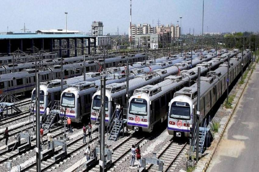 Delhi Metro: Here's What You Need To Know About The First Driverless Train Hitting Tracks Today