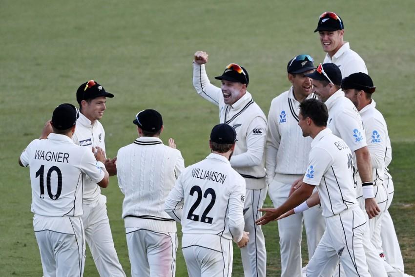NZ Vs PAK, 1st Test: Mitchell Santner Sparks Black Caps As New Zealand Break Pakistan's Resistance - Day 3 Report