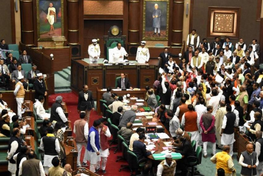 Madhya Pradesh Assembly's Winter Session Cancelled After 61 Staff, 5 MLA's Test Covid Positive