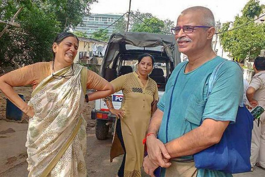 Elgar Parishad Case: Sudha Bharadwaj, Other Accused Request Newspaper Access In Prison