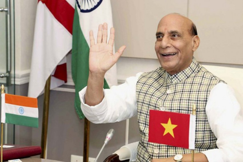 India Cannot Accept Any Unilateral Change Along LAC: Defence Minister Rajnath Singh