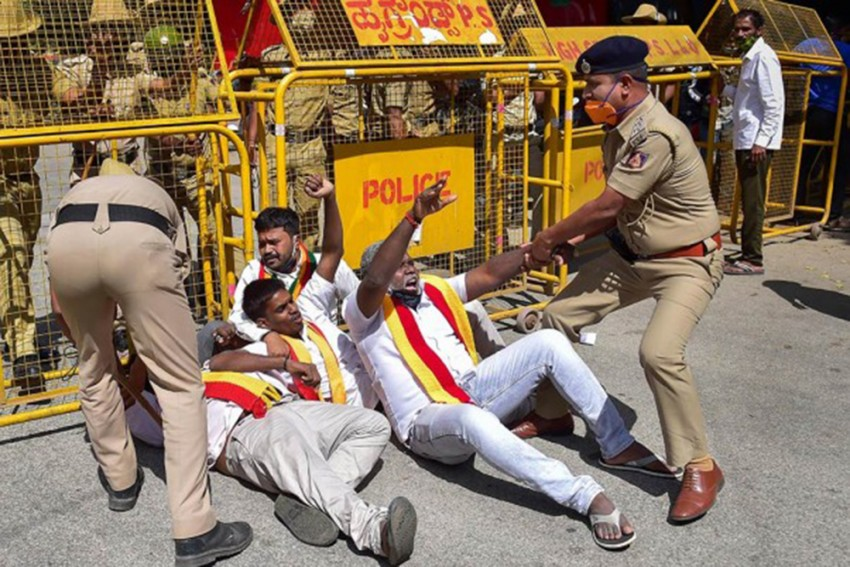 Karnataka Bandh: Protests Staged In Bengaluru, Transport Services Not Disrupted