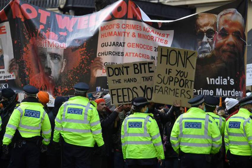 Farmers' Stir: Thousands Protest Outside Indian High Commission In London, Arrested