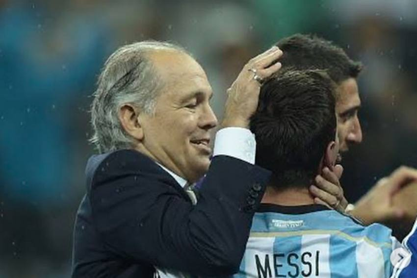 Lionel Messi Thanks Alejandro Sabella For Helping Forge Some Of His Greatest Moments