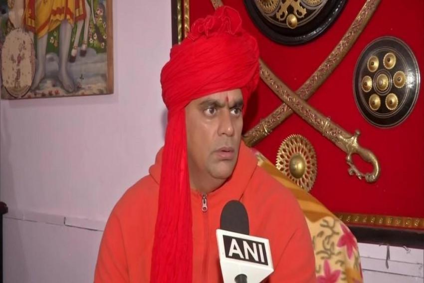 Cow Urine, Dung Can Treat Coronavirus, Says Hindu Mahasabha President Swami Chakrapani Maharaj