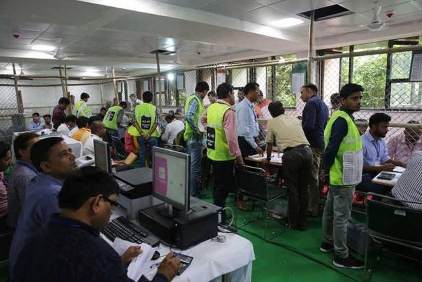 '<em>Lage Raho</em> Kejriwal,' Says Delhi Voter; BJP Remains In Single Digit, Congress Draws Blank