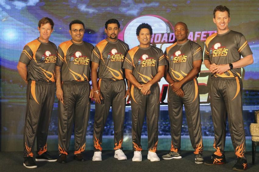 Sachin Tendulkar Takes On Brian Lara In Road Safety World Series Opener