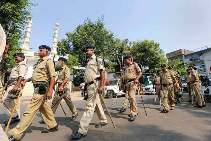 Blast In Lucknow Court Premises, Three Injured