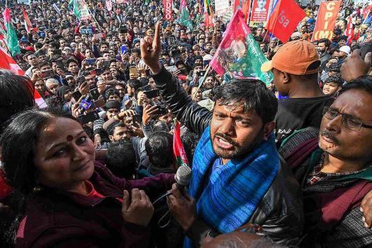 Mob Attacks Kanhaiya Kumar's Convoy In Bihar, Injures People, Damages Car