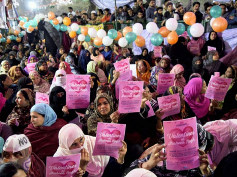'Modi, When Will You Come': On Valentine's Day, Shaheen Bagh Protesters Invite PM For Talk