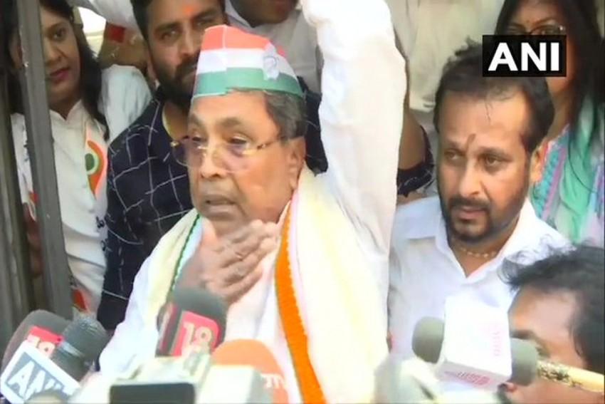 Bidar School Sedition Case: Karnataka Congress' Siddaramaiah, Dinesh Gundu Rao Detained During Protest
