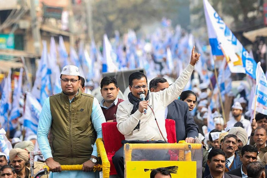 Delhi: Ramlila Maidan Decked Up For Swearing-In Of Kejriwal For 3rd Time