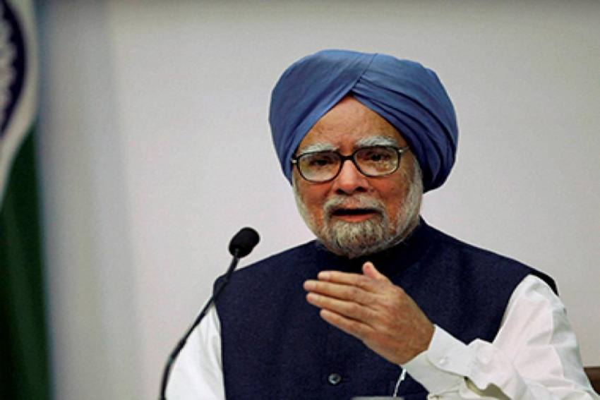 'Should I Quit?' Manmohan Singh Asked Me in 2013, Says Montek Singh Ahluwalia