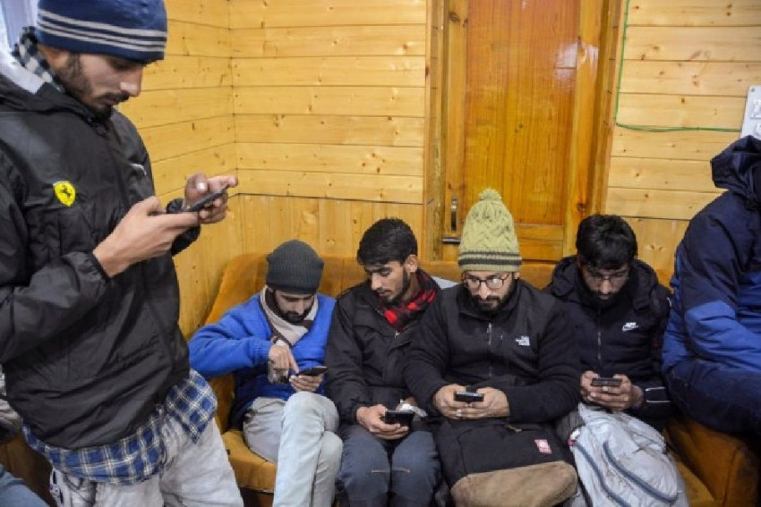 J&K Govt Prepares To Create Firewall Against VPNs, Developers Ask Kashmiris 'Not To Worry'